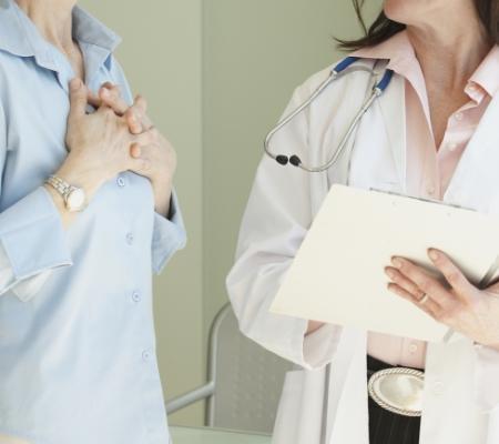 Dwóch doktorów rozmawia ze sobą